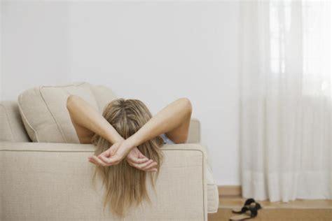 mal di testa dopo pranzo 8 segreti sul sonnellino spiegati dalla psicologa federica