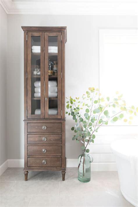 master bath linen cabinet best 20 linen cupboard ideas on bathroom