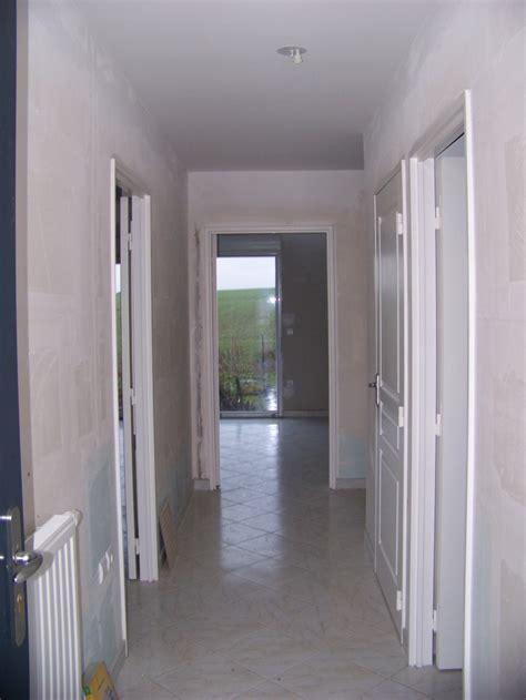 decoration couloir maison decoration couloir d entree 3 et maintenant le couloir