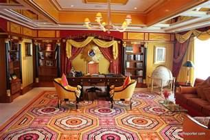 Only in dubai tour of the world s seven star hotel the burj al arab