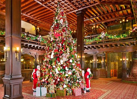 hotel lobby christmas decorations photo essay sparkling hotel lobbies decked out for