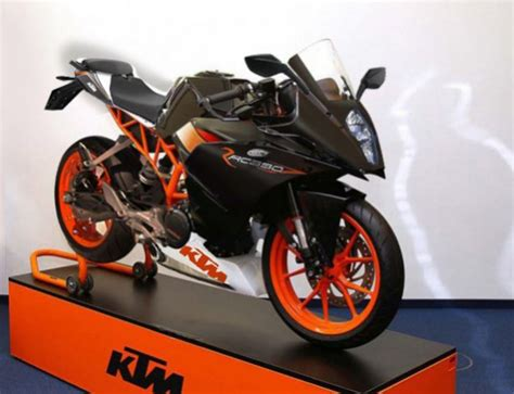 Ktm Bikes And Prices Ktm Rc 390 Bike 2013 2014 Price In Karachi Lahore Pakistan