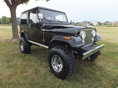 Jeeps For Sale Cheap Jeep Cj Laredo V8 1983 Jeep Wrangler Laredo 4 X 4 Cj 7 4