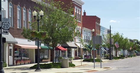 small american towns readers choice america s best small towns