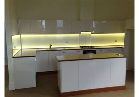 led lighting kitchen splashlite led kitchen splashback light from ledfx
