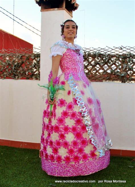 traje de fantasia con material reciclado candidatas en traje de material reciclable traje de