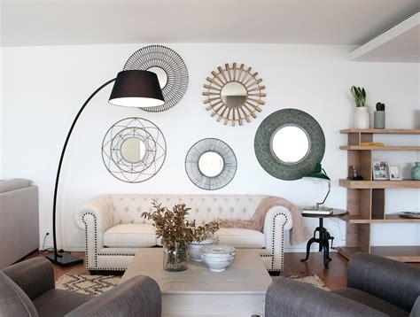 decorar paredes salon con espejos decorar con espejos la deco tendencia de la era del reflejo
