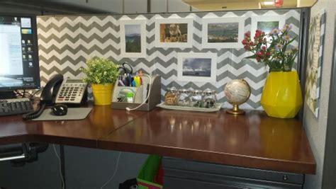 chic cubicle decor on pinterest cubicle makeover chevron cubicle wallpaper wallpapersafari