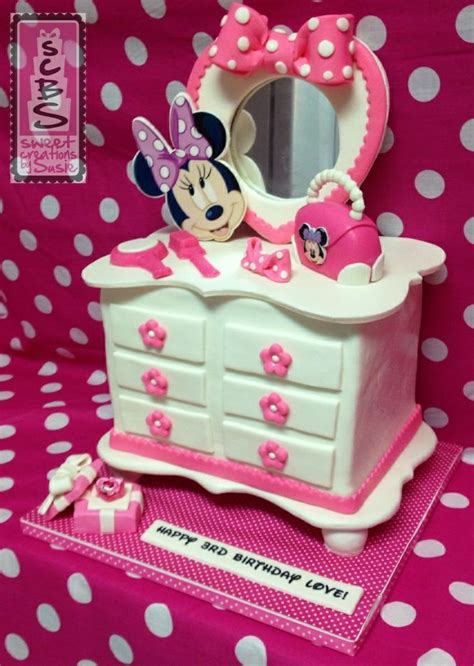 Minnie Mouse Bowtique Vanity Table by 17 Best Images About Sweet Creations By Susie On
