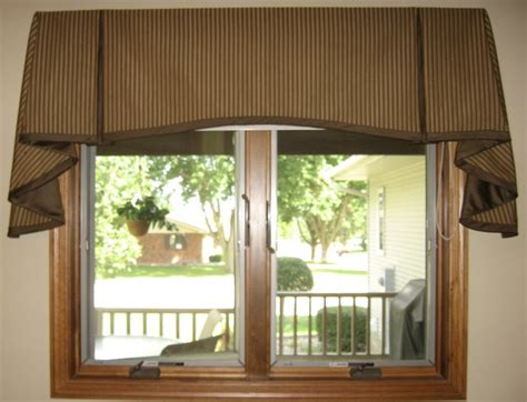 window treatment box 25 best ideas about box pleat valance on