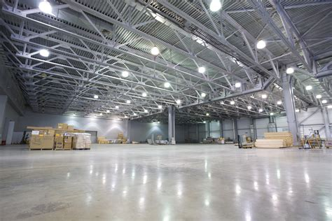 Beleuchtung Lagerhalle by Iluminaci 243 N En Bodegas Eficiencia Energ 233 Tica
