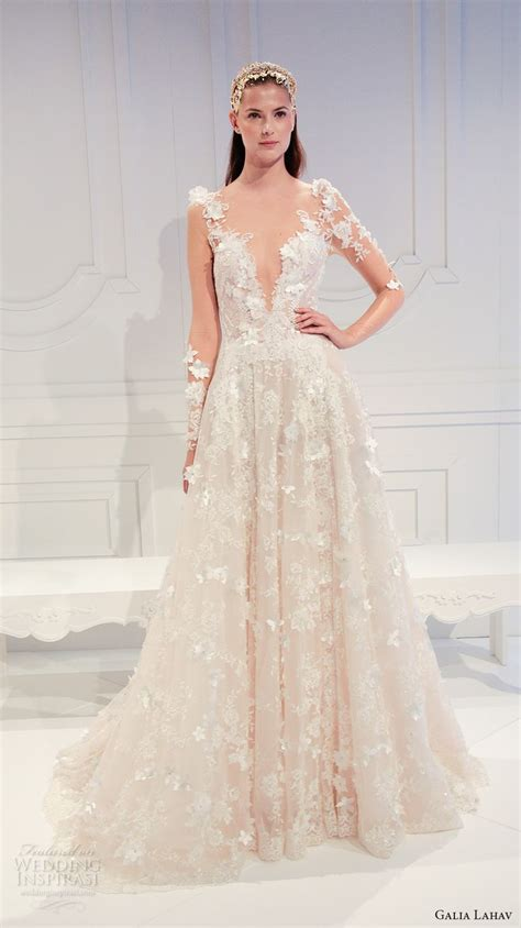 Traumhafte Hochzeitskleider by 17 Best Images About Beautiful Wedding Gowns On