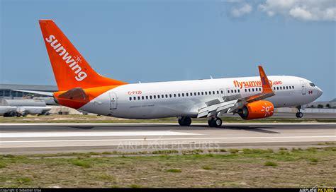 swing airlines c fyjd sunwing airlines boeing 737 800 at sint maarten