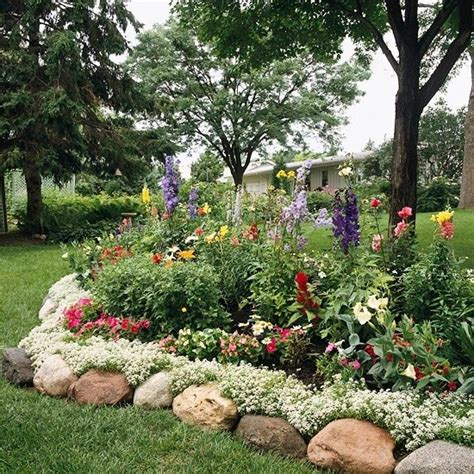 Landscape Edging With Boulders Landscape Edging With Large Rocks Green Thumb