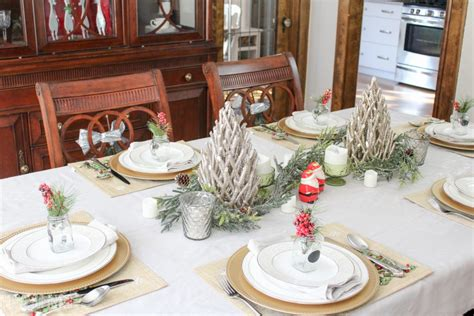 dining room table christmas decoration ideas 5 tips for decorating the dining room for christmas
