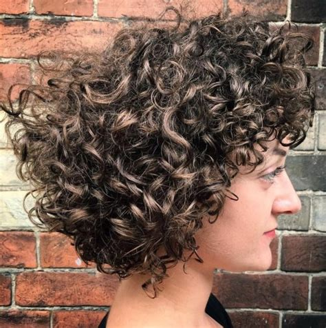 highlighted hair styles chin lenght natural curly hair 55 styles and cuts for naturally curly hair in 2018