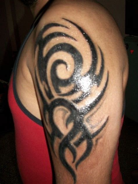 tribal tattoo shoulder blade 17 best ideas about tribal shoulder tattoos on