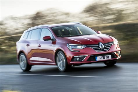 renault megane estate renault megane sport tourer estate 2017 review car