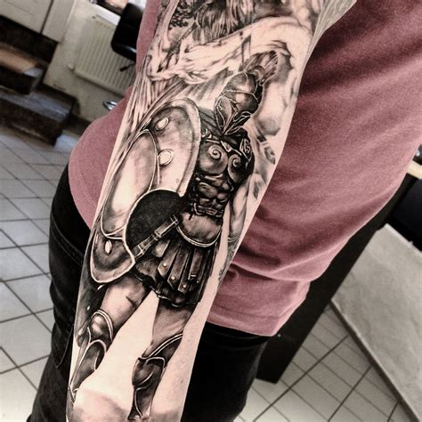 gladiator tattoos gladiator archilleus warrior spartan ink