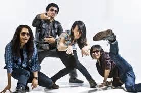 Kaos Theater Kaos Band Luar Negeri Kaos Musik band yang sukses di luar negeri grosir kaos distro original bandung