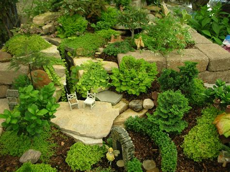 How To Start Landscaping Your Yard Creating A Garden In Miniature Midwest Edition Enewsletter