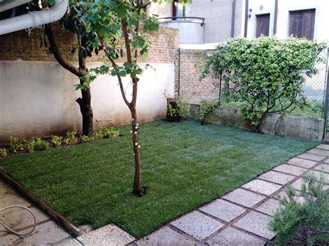 semina erba giardino sistemazione giardino e semina della nuova erba 25 mq