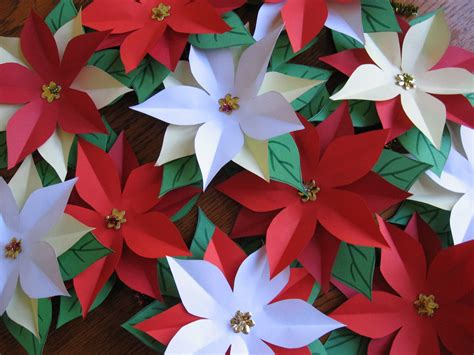 Poinsettia Paper Craft - fifi colston creative pretty paper poinsettias