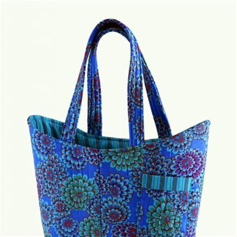 sewing patterns quilted bags quilted tote bags tote bags and sewing pockets on pinterest