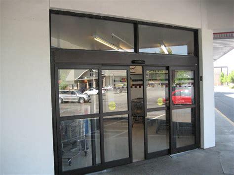 Shop Front Glass Doors Store Front Door Tech Of Nashville Commercial Doors Sales Service Installation Tn