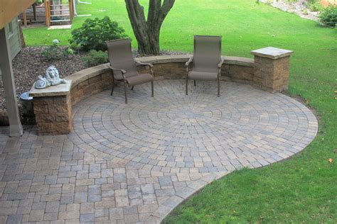 curved patio pavers modern patio outdoor