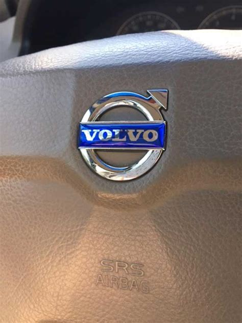 replacement steering wheel labels  defective volvo emblem