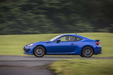 review of subaru brz 2017 subaru brz drive review motor trend