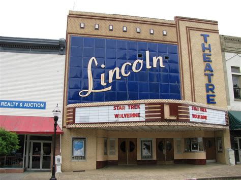 lincoln county theater fayetteville tn fayetteville tn lincoln theatre on downtown square