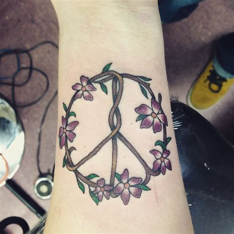 tattoo hippie flower peace sign tattoos 15 peace sign tattoos for girls