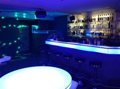 bar für zuhause elegante bar in der city in freiburg mieten partyraum