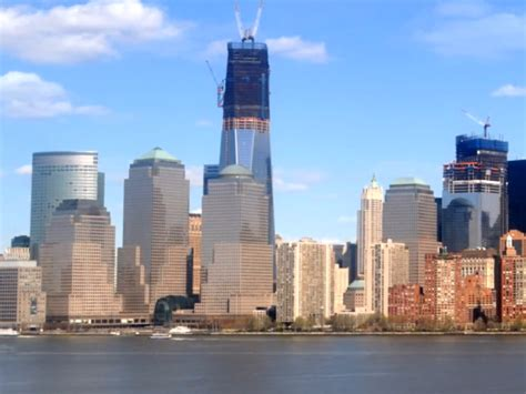 incredible incentives being offered on new construction in one world trade center time lapse business insider