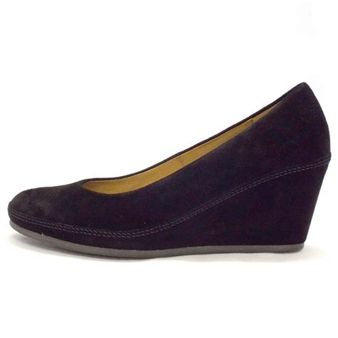 gabor shoes teller womens wedge shoe in black suede mozimo