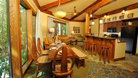 Disney Saratoga Springs Floor Plan by The Treehouse Villas Have Woodlands Inspired Decor With