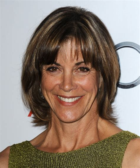 wendy malicks new haircut wendie malick short straight casual hairstyle
