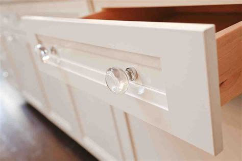 Glass Kitchen Cabinet Pulls | glass knobs for kitchen cabinets home furniture design