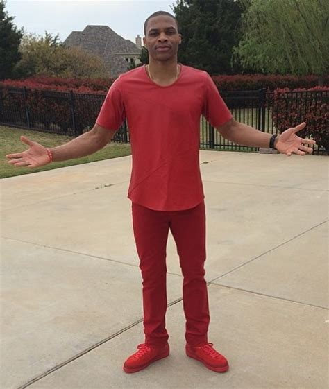 russell westbrook dressed like a red teletubbie larry