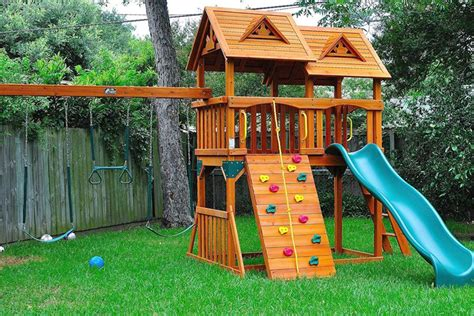 small backyard for kids small backyard ideas for kid designs landscaping