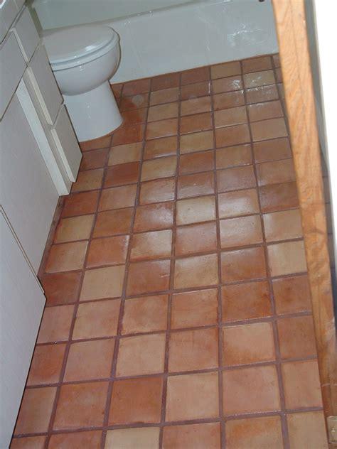 red bricks bathroom floor tiles design pakistan pak clay tiles