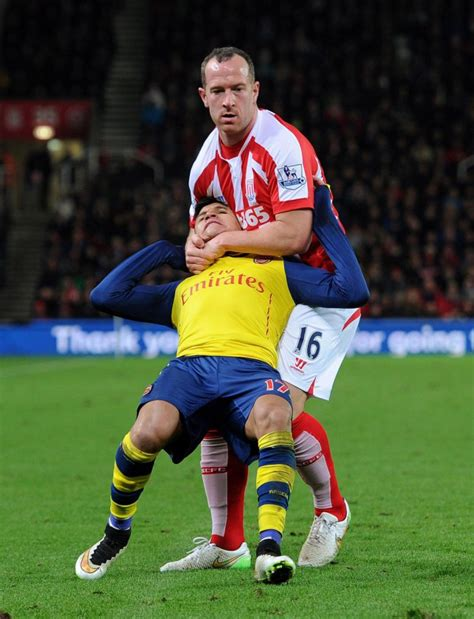 alexis sanchez off the ball movements arsenal news charlie adam trolled after putting alexis