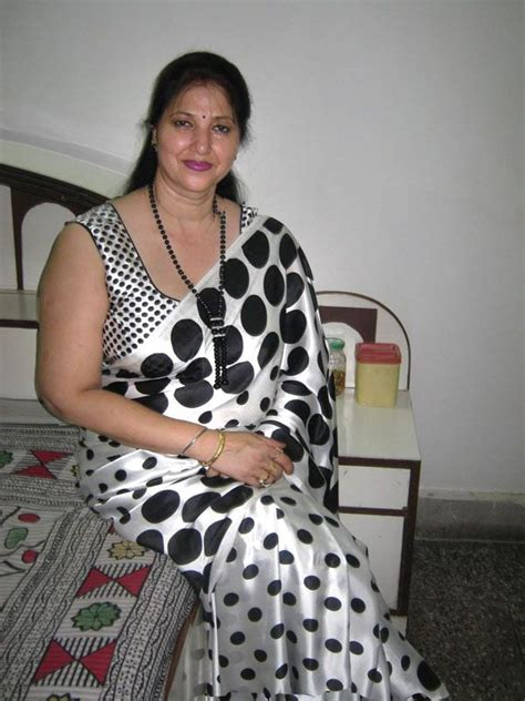 desi mama 94 best images about bbw all saree aunty on pinterest