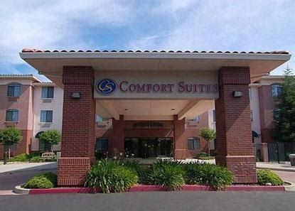 comfort inn davis ca comfort suites davis davis deals see hotel photos