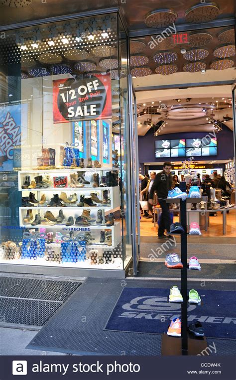 Skechers Nyc by Skechers Store New York Stock Photo 42101715 Alamy