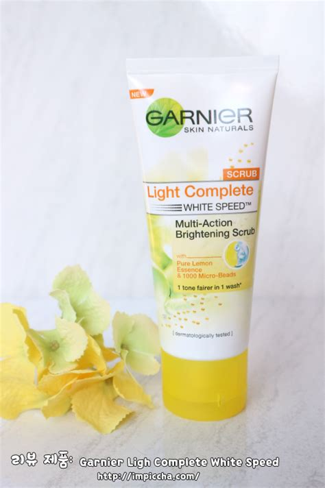 Garnier Light Complete Scrub review garnier ligh complete white speed im piccha