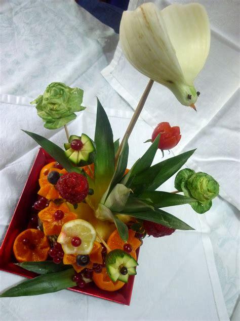 sculture di fiori silvi s kitchen scultura di frutta vaso di fiori come