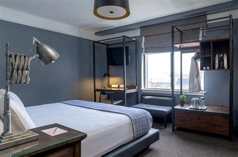 hotels with in room in ma book the boxer boston massachusetts hotels